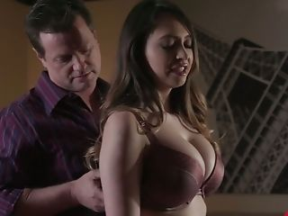 Crazy Blowbang Vid Featuring Stunning Big Tittied Honey