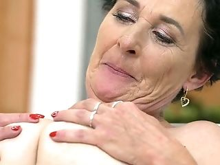 Matures With Big Knockers Likes Guys Sausage In Her Mouth In Crazy Oral Act