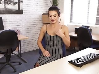 Slender Assistant Laura Is Disrobing And Jerking Her Sexy Gams And Feet
