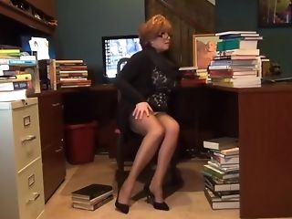 Ginger The Librarian