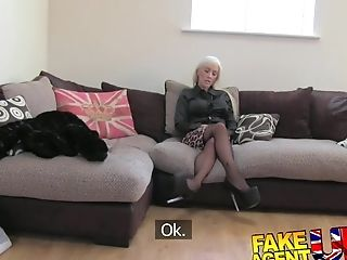 Faux Agent Uk Dirty Hot Blonde Loves A Bit Of Backdoor Sex