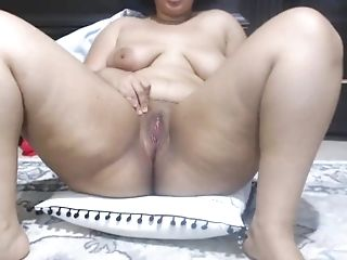 Chubby Nubile Has Gentle Creamy Squirt Orgasm
