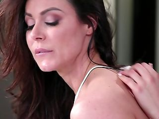 Stunning Kendra Enthusiasm And Kristen Scott Eventually Get To Please Each Other