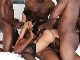 Lisa Ann Group Banged By Big Black Schlongs And Gets Her Face Spunk Covered